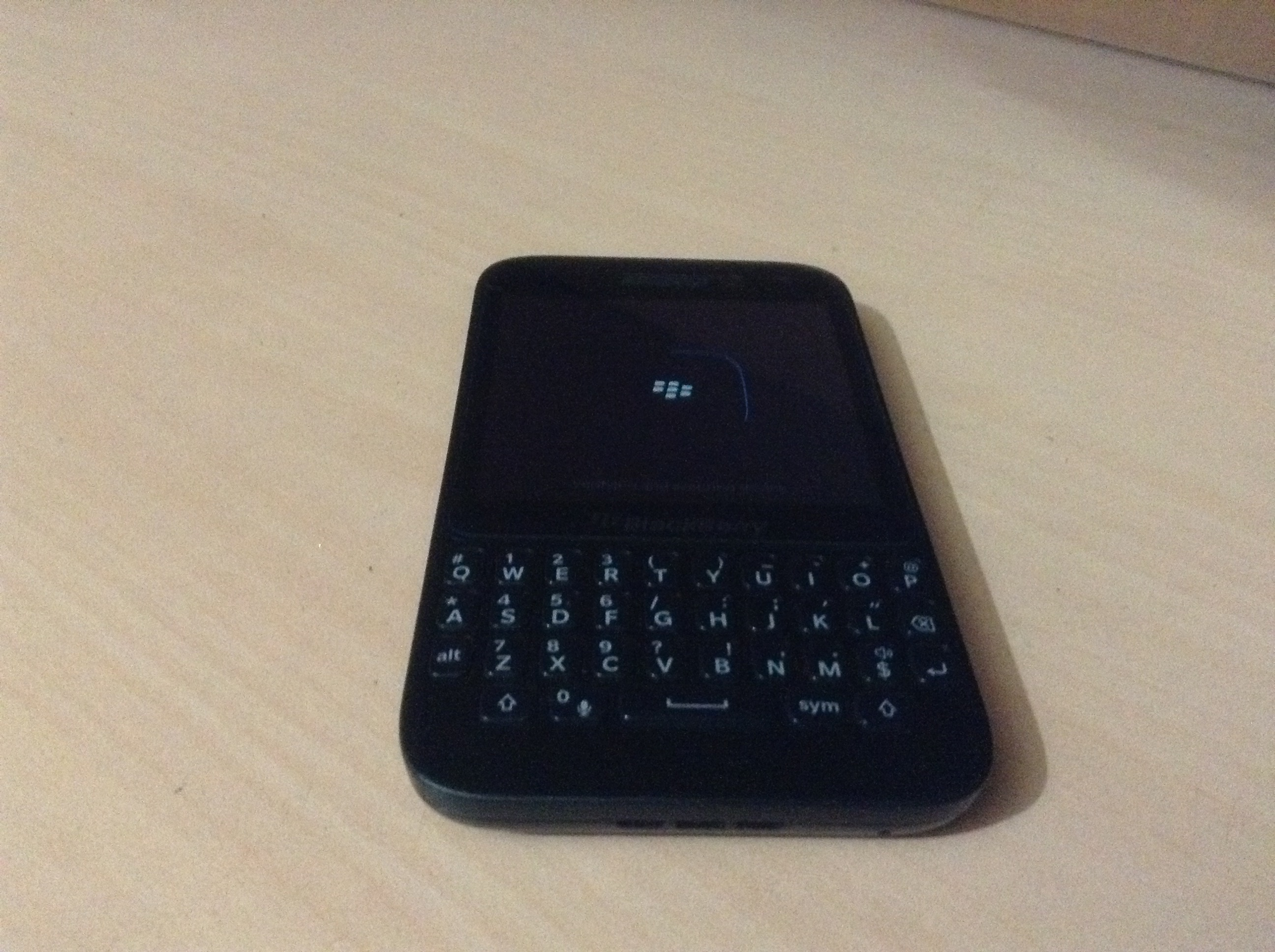 File:BlackBerry Q5 Boot jpg - Wikimedia Commons