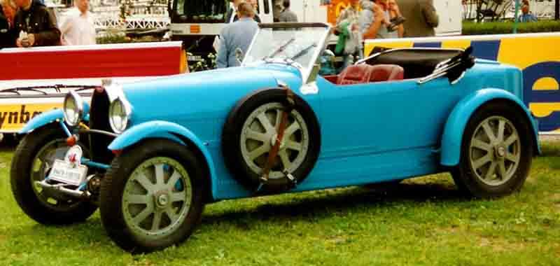 [Image: Bugatti_Typ_43_Grand_Sport_1928.jpg]