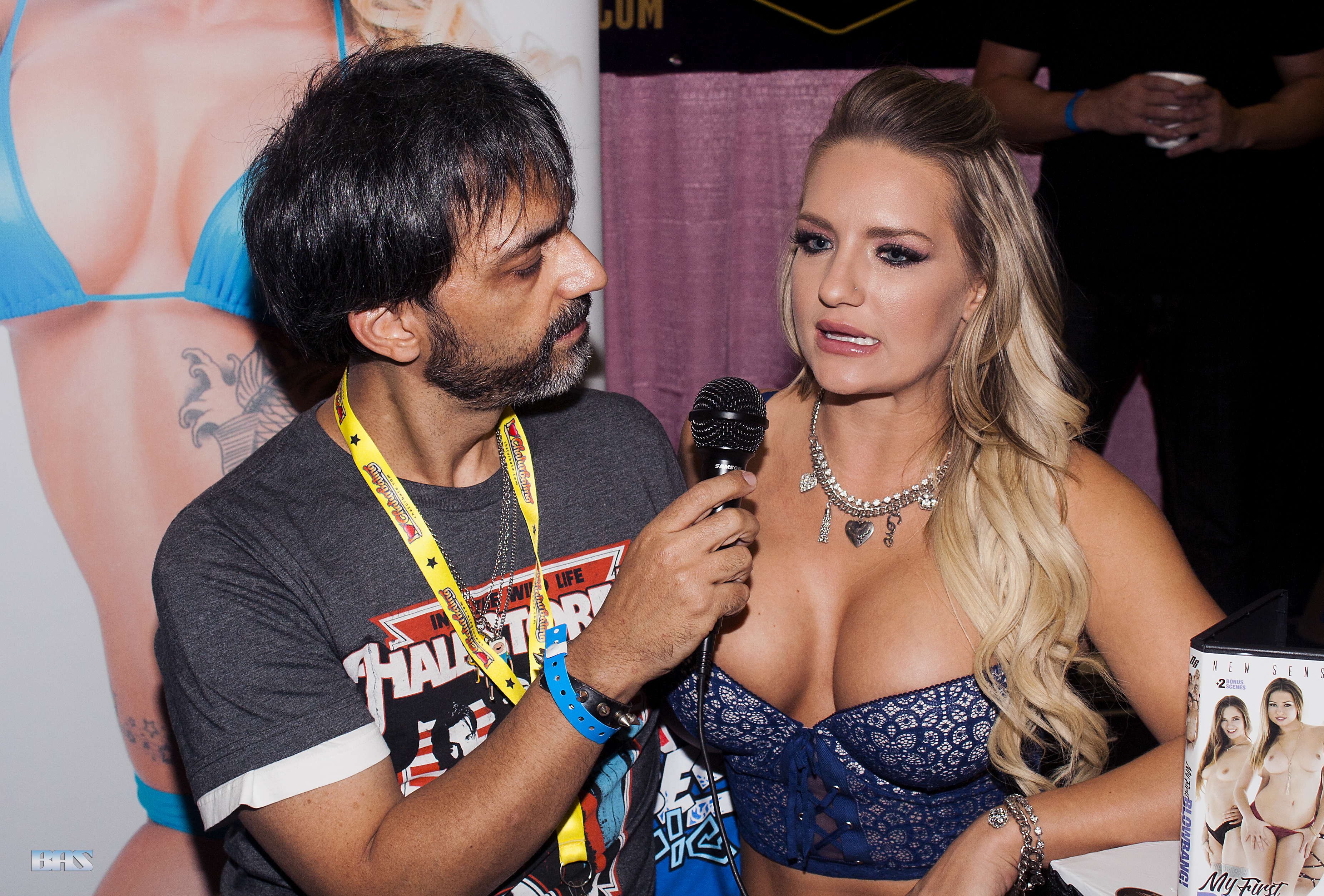 file:cali carter and master gio at exxxotica new jersey 2016