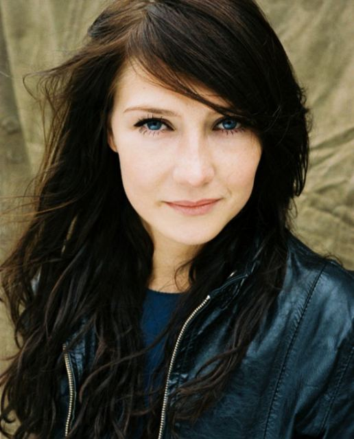 Carice Van Houten - Picture Colection