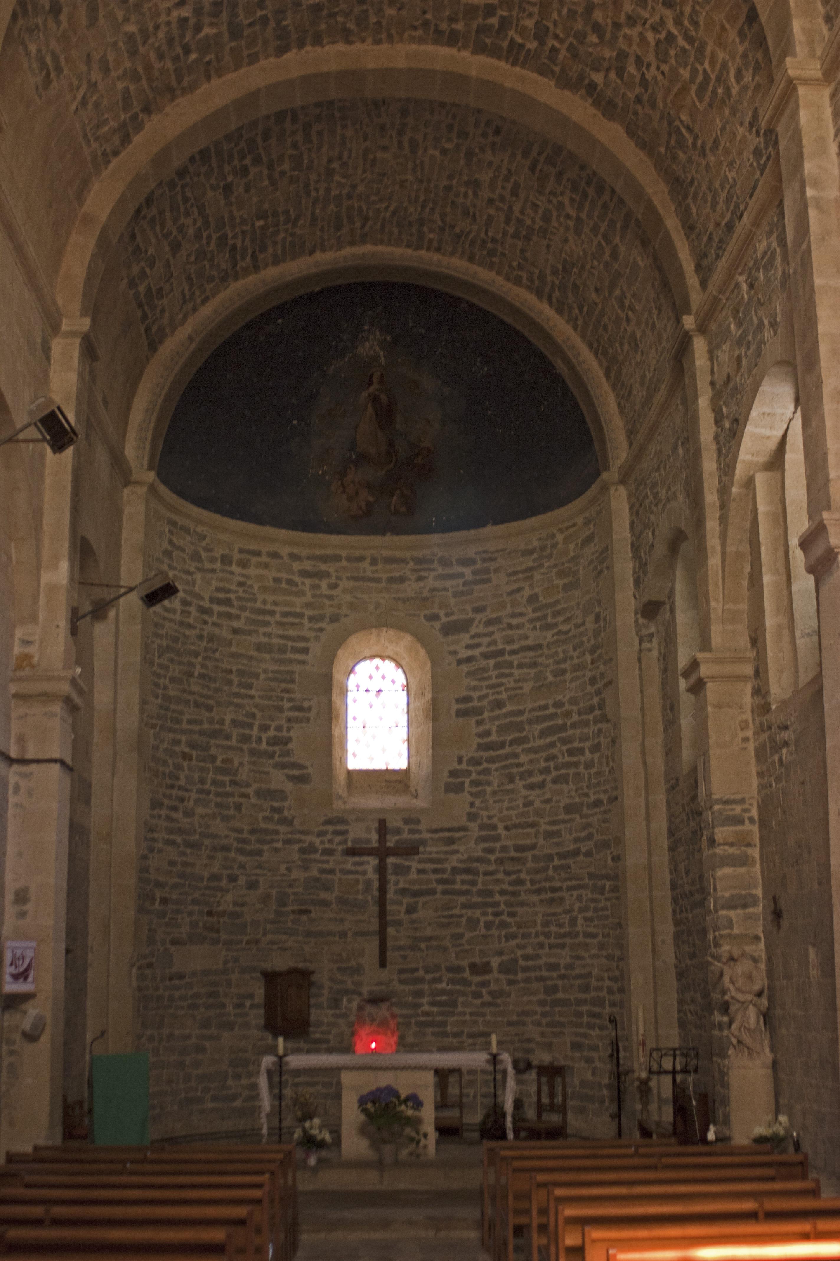 File caveirac glise saint adrien int rieur for Interieur eglise