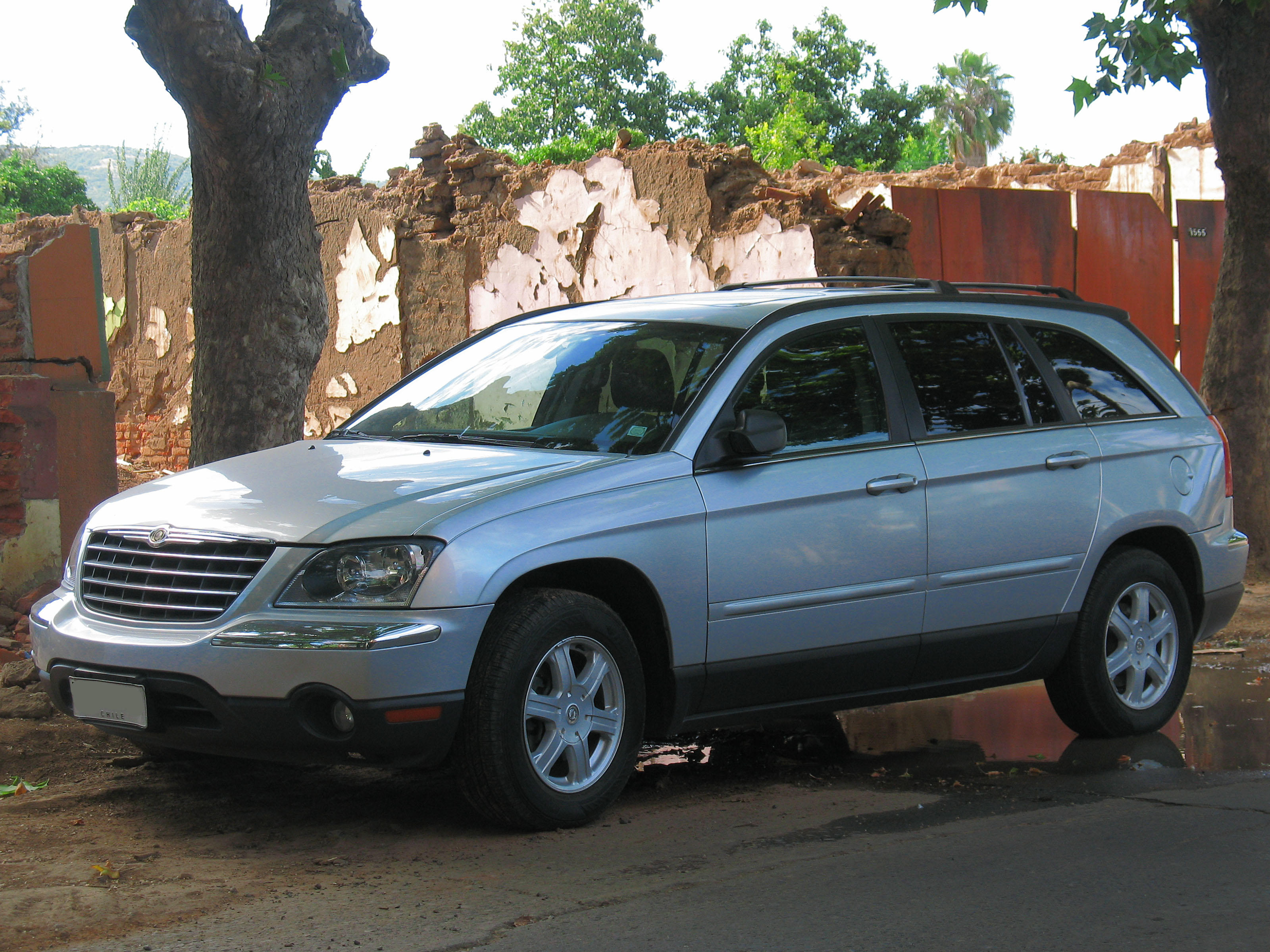 file chrysler pacifica touring awd 2006 9626443288 jpg wikimedia commons. Black Bedroom Furniture Sets. Home Design Ideas