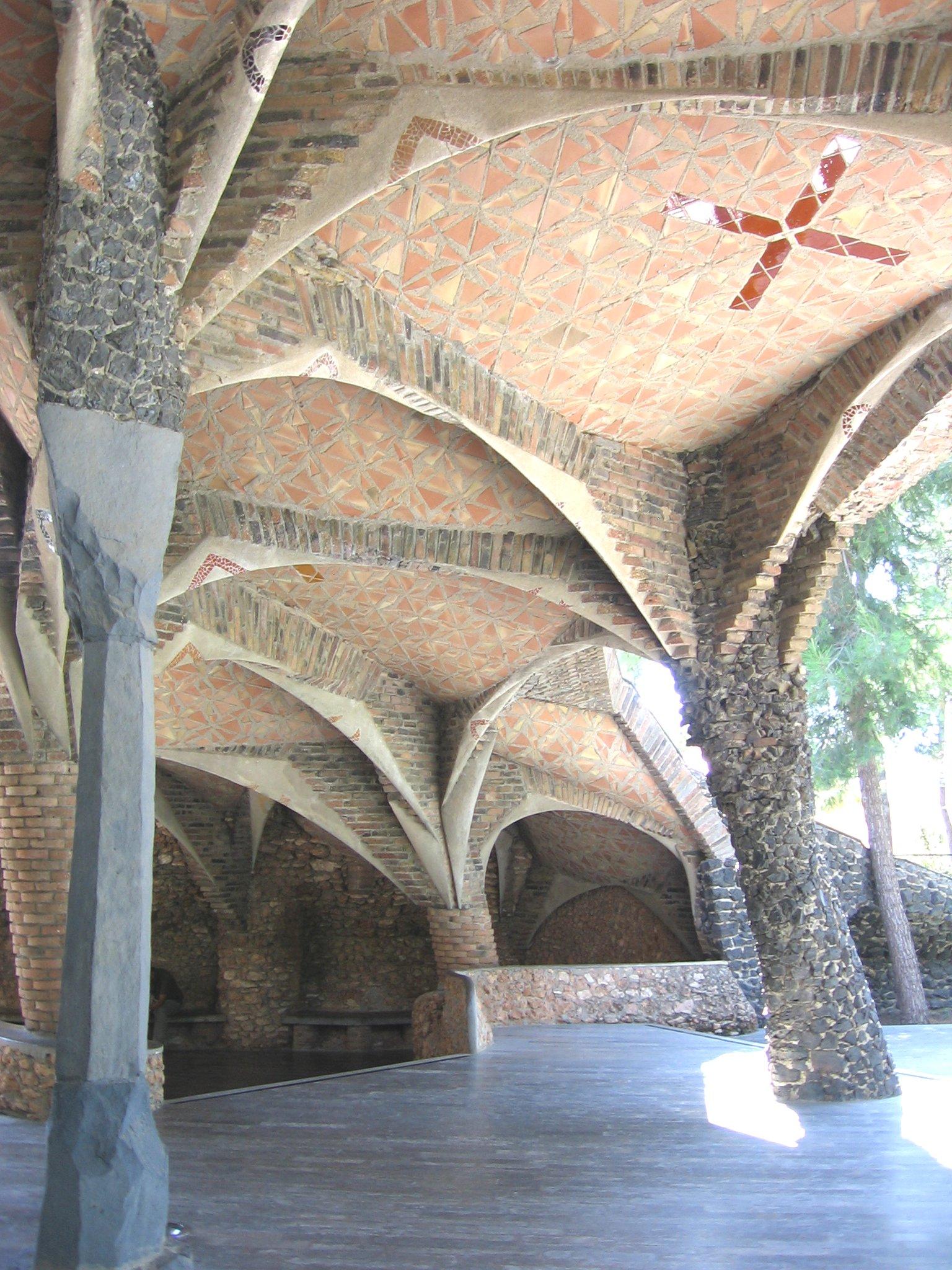 Cripta de la Colonia Güell. Antoni Gaudí