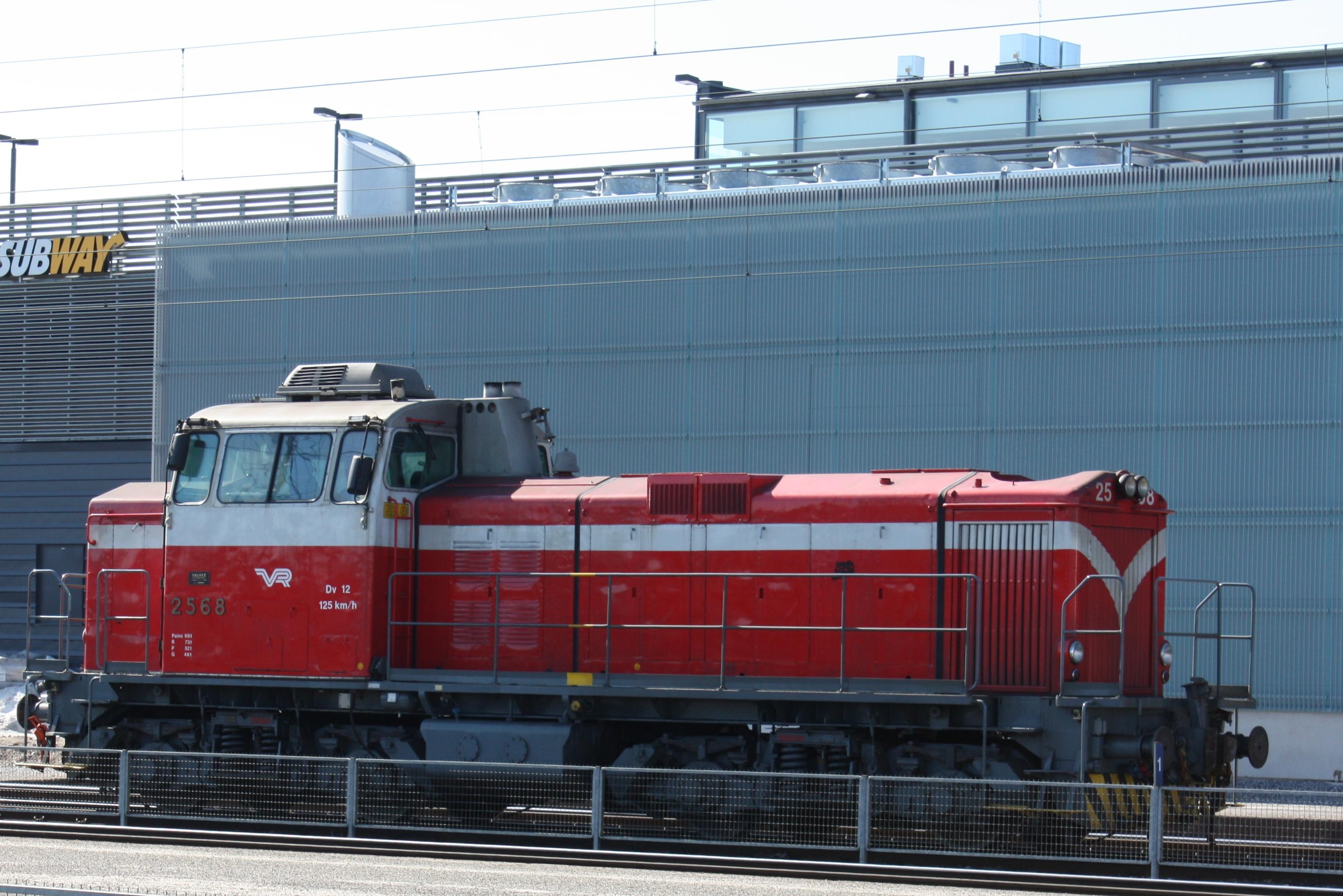File:Dieselveturi Dv 12 2568 IM6212 C.JPG