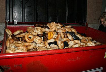 File:Discarded bagels.jpg