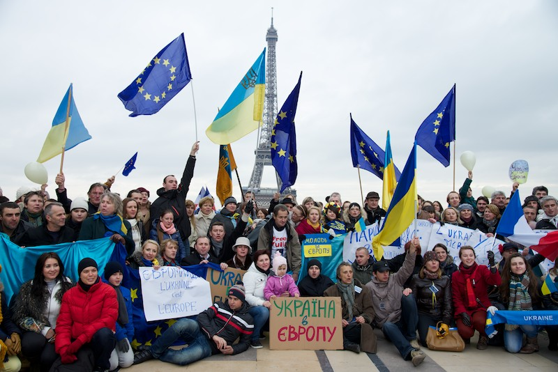 File:Euromaidan Paris 3.jpg
