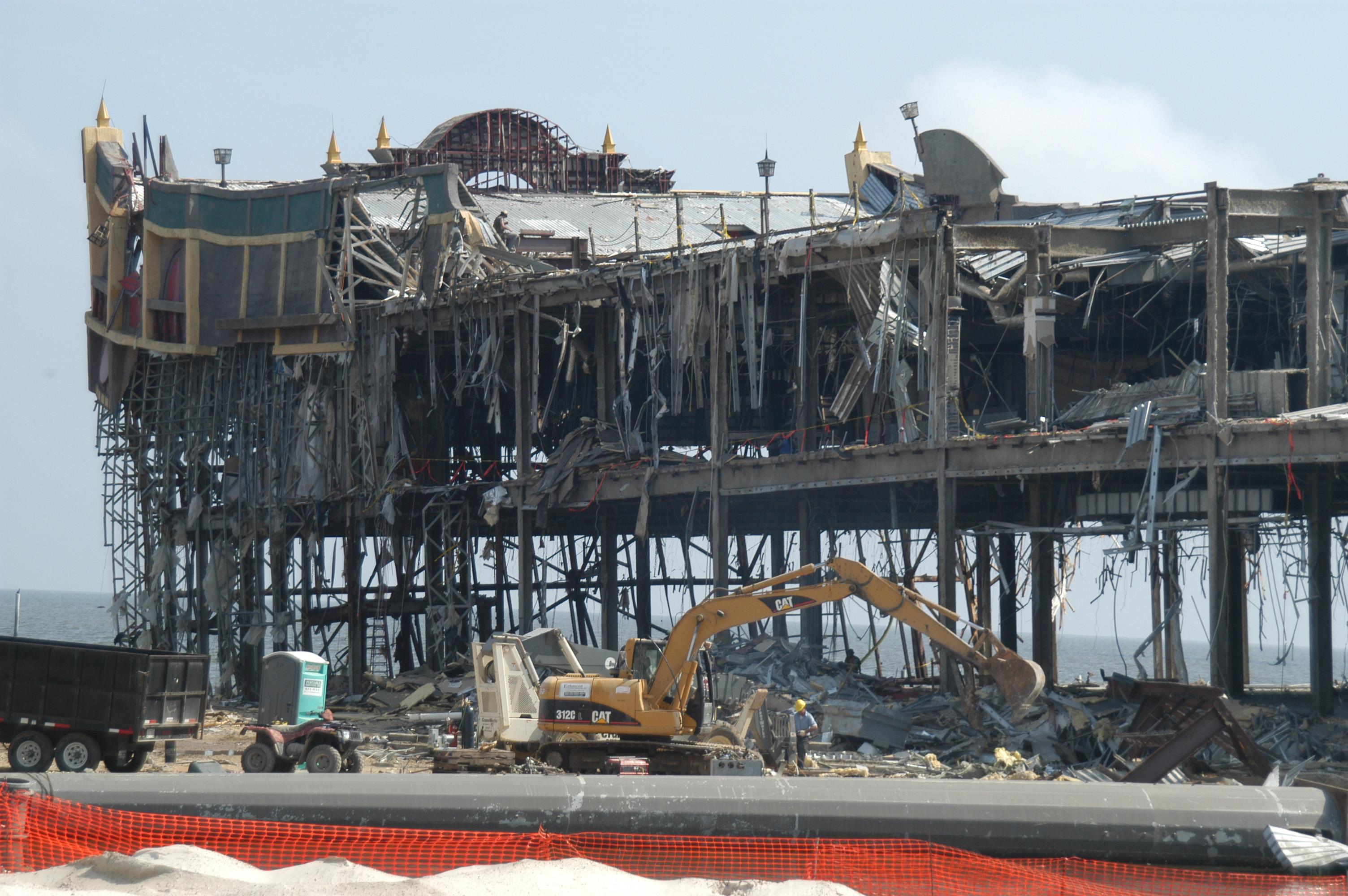 Biloxi casino damaged in mgm casino hotel
