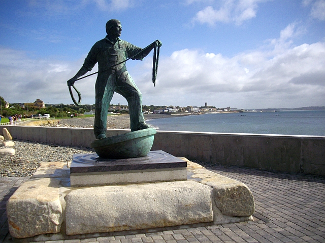 Fishermen memorial, Newlyn - geograph.org.uk - 925167