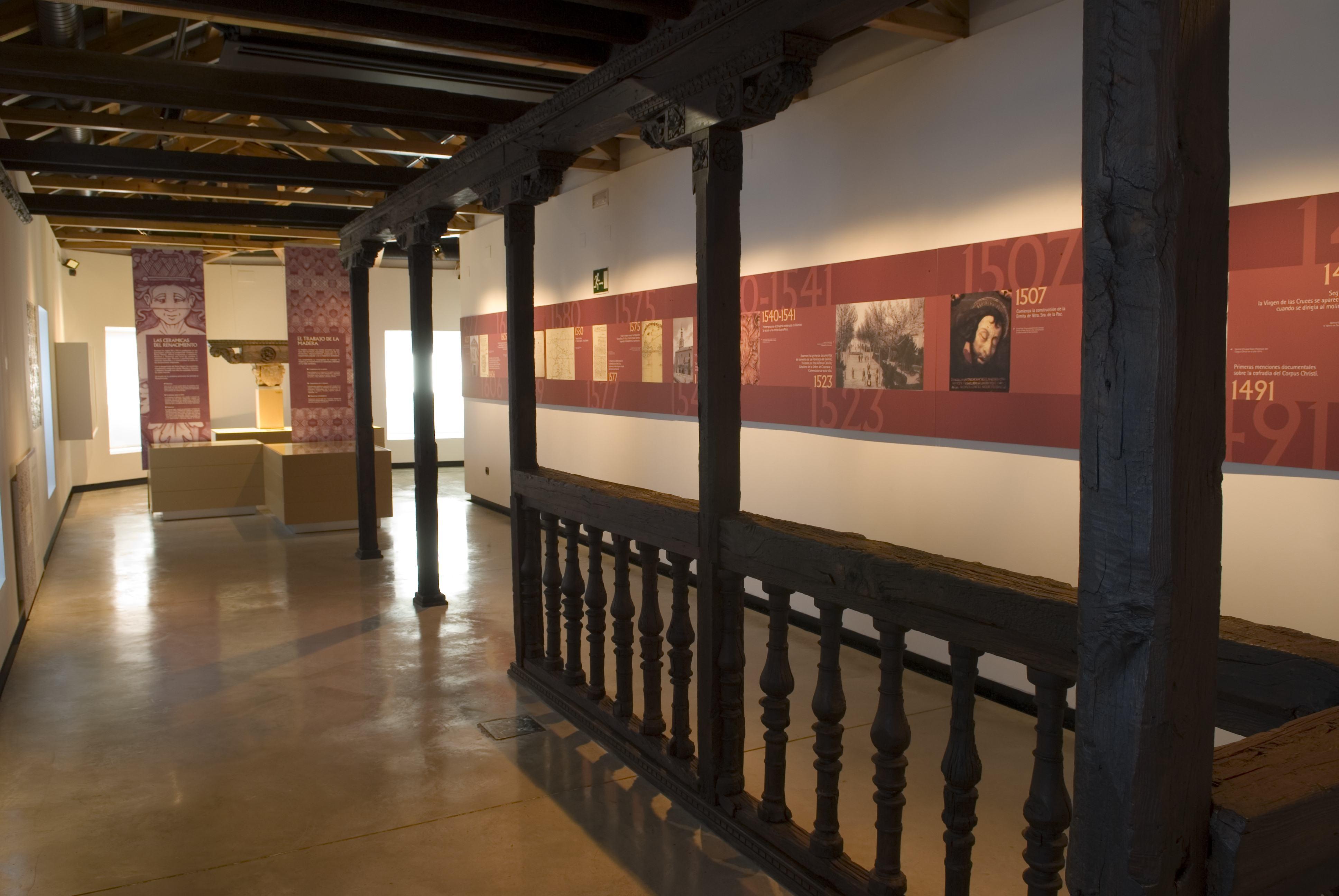 Descripción Galeria Casa de los Carrillo.jpg