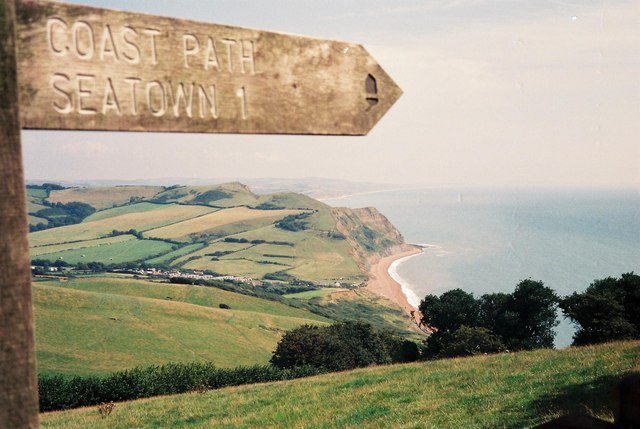 Golden Cap, signpost to Seatown - geograph.org.uk - 451876