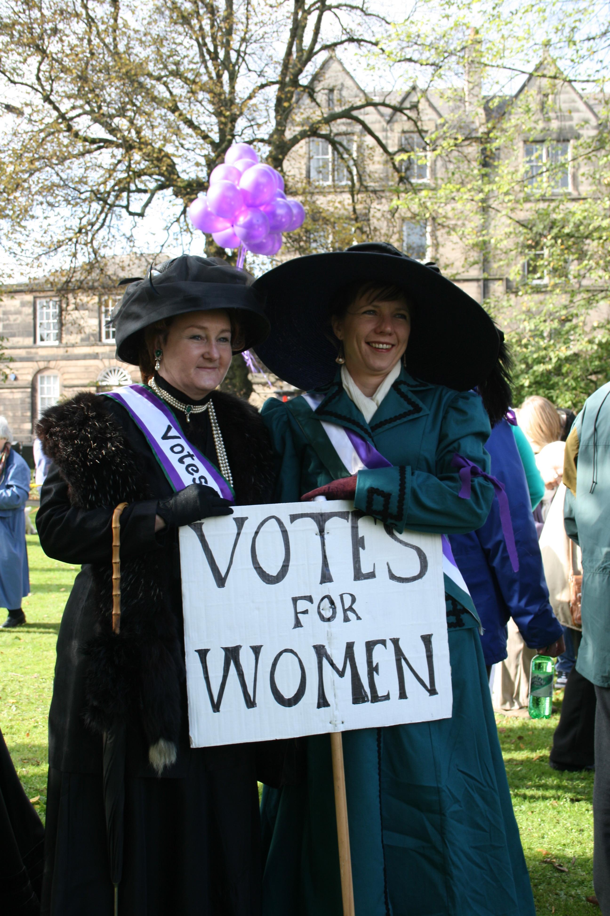 Costume Parade Dress-up Reenactment Suffragist Suffragette Sash