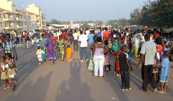 People on the streets of Guinea-Bissau