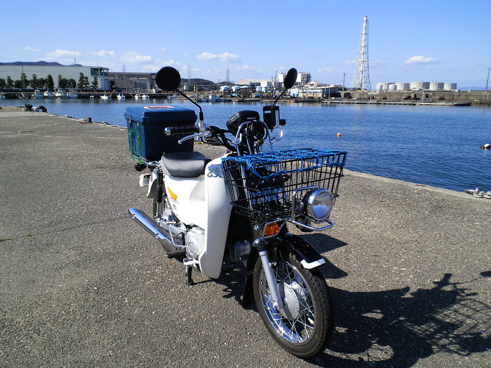 File Honda Super Cub110pro Jh07 In Fuke Port01 Jpg Wikimedia Commons