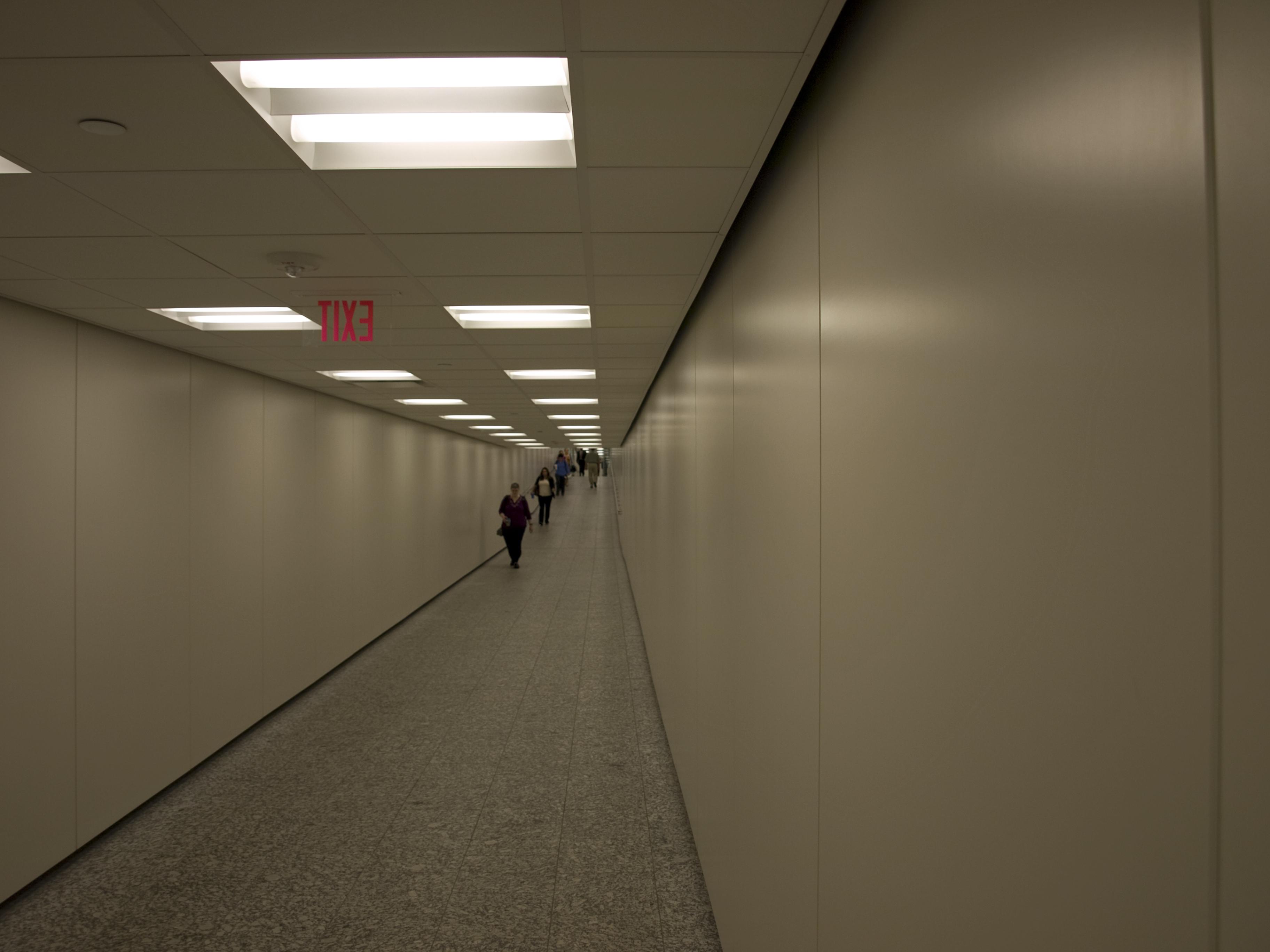 Houston downtown loop tunnel.jpg