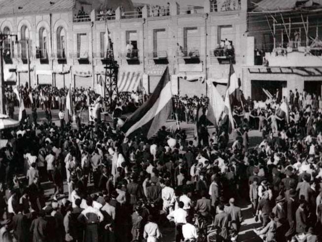 دولت شوروی برای بدست اوردن امتیاز نفت از چه راه هایی ایران را تحت فشار گذاشت
