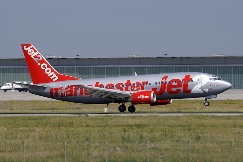 File:Jet 2 B733 G-CELI.jpg - Wikimedia Commons: commons.wikimedia.org/wiki/file:jet_2_b733_g-celi.jpg