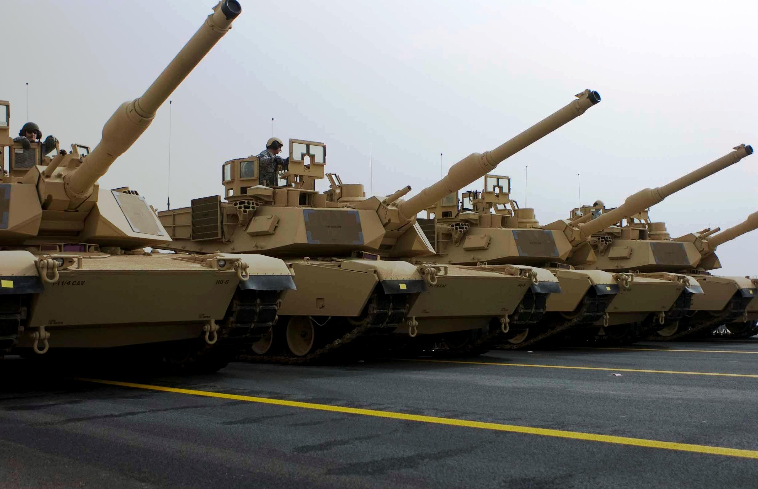 Description kuwaiti m1 abrams tanks