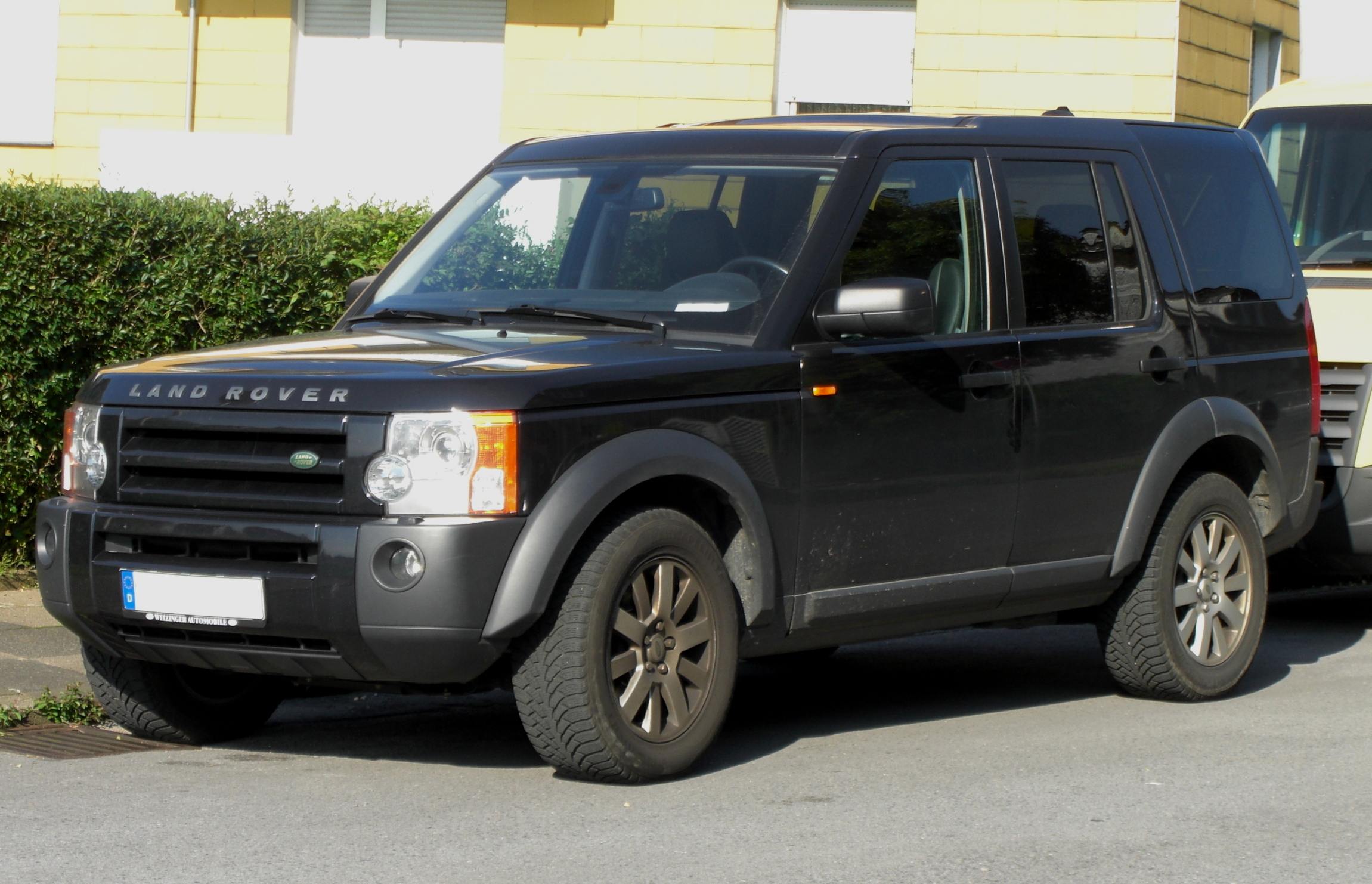 File Land Rover Discovery 3 Front Jpg Wikimedia Commons