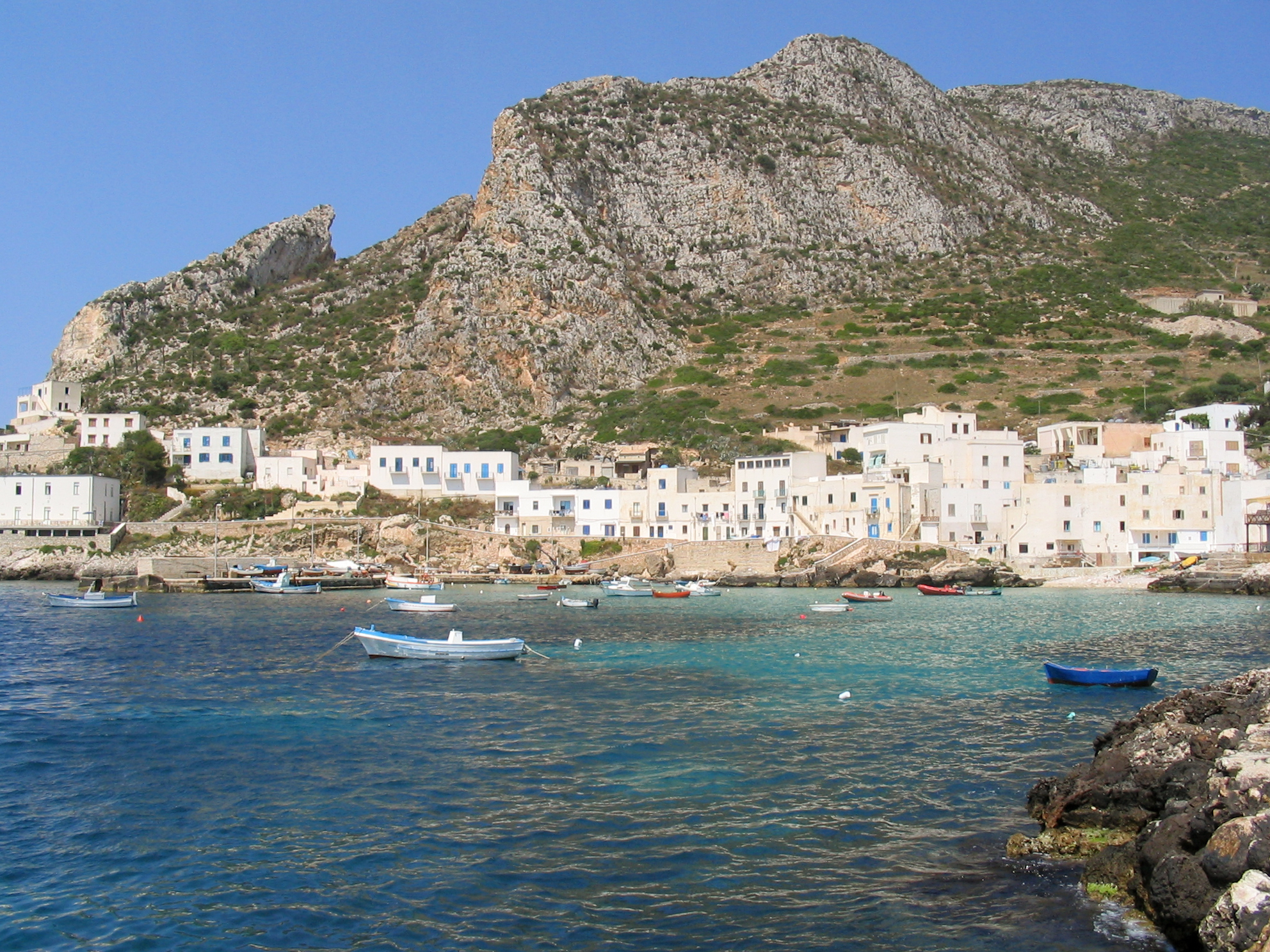 FileLevanzo Italy 02jpg Wikimedia Commons