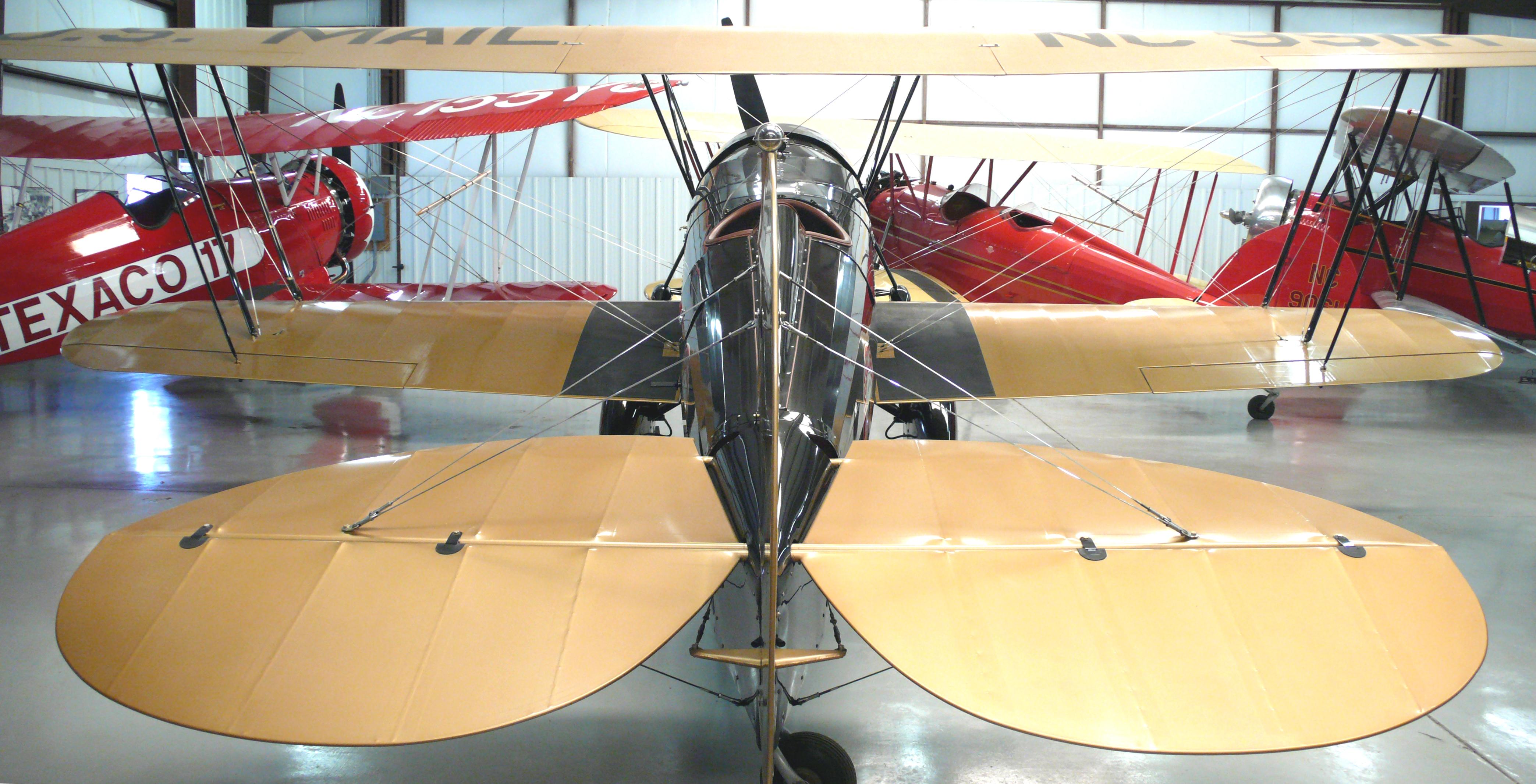 Historic Aircraft Restoration Museum - Wikipedia