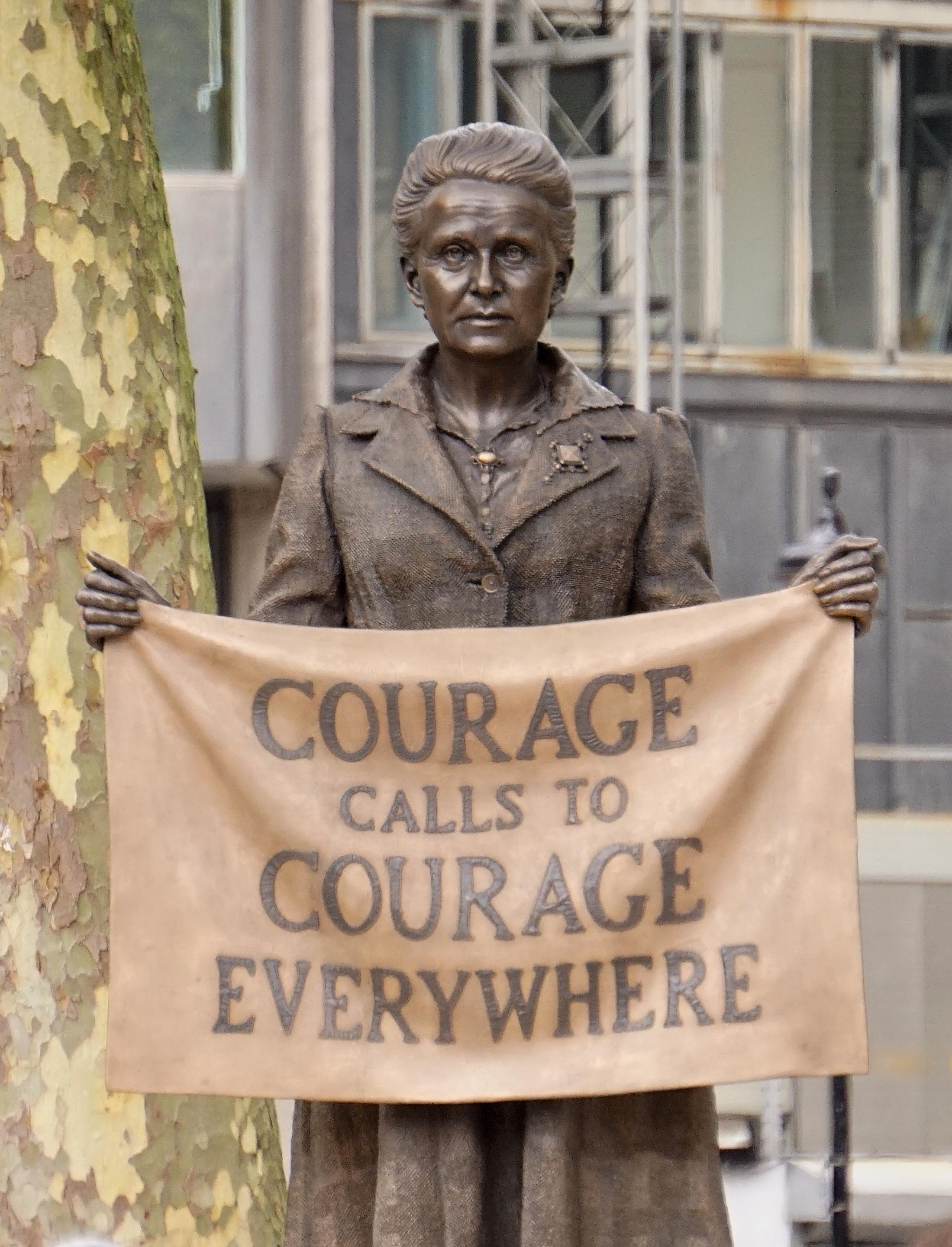 Millicent-Fawcett-Statue – Wikipedia