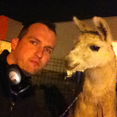 Photobomb avec Serge le lama