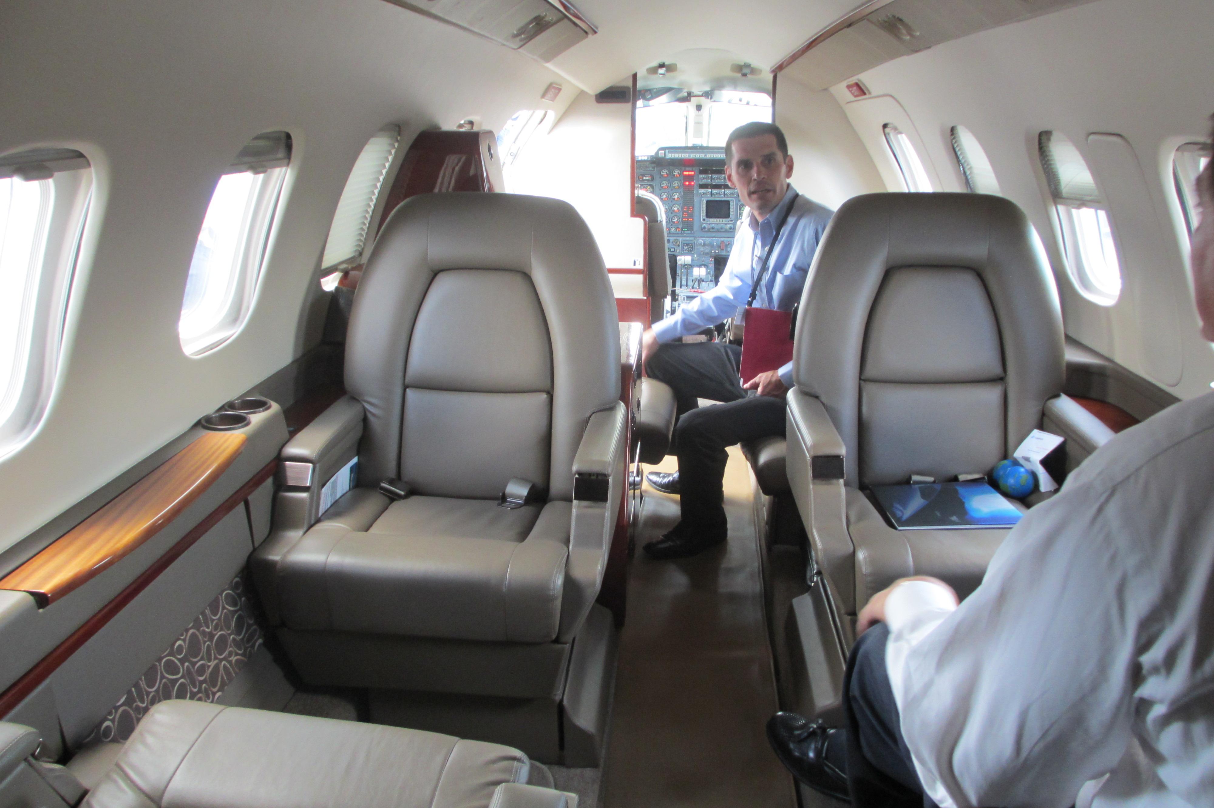 file:piaggio p180 avanti cabin interior facing forward