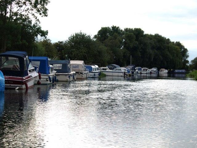 File:River Nene Alwalton - geograph.org.uk - 641719.jpg