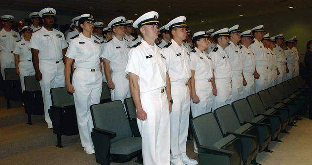 Description STA 21 Graduation, U.S. Navy · DN-SD-06-10072.JPG