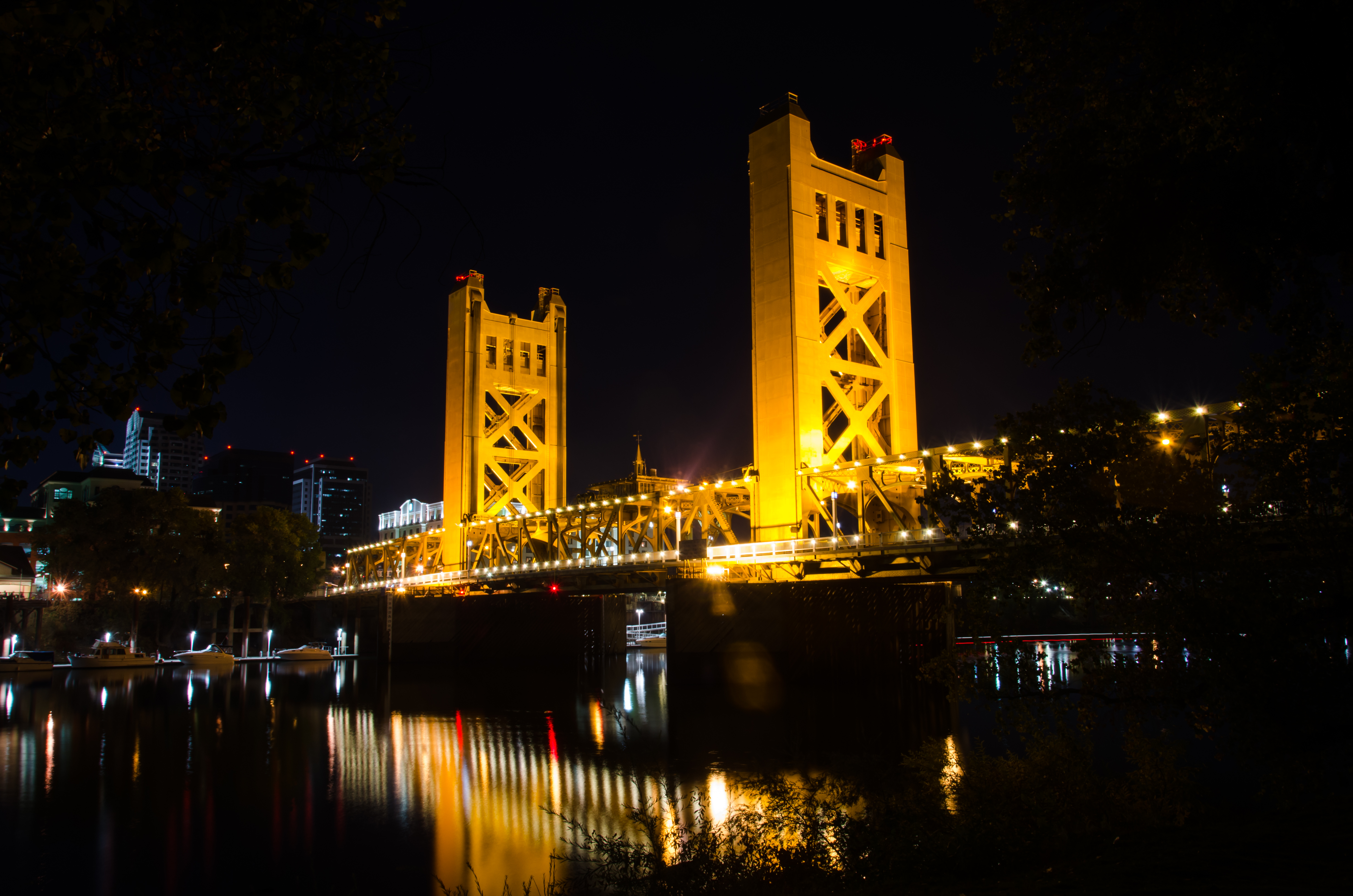 Sacramento's Tower Bridge at night.  Photographers Zheng Zheng