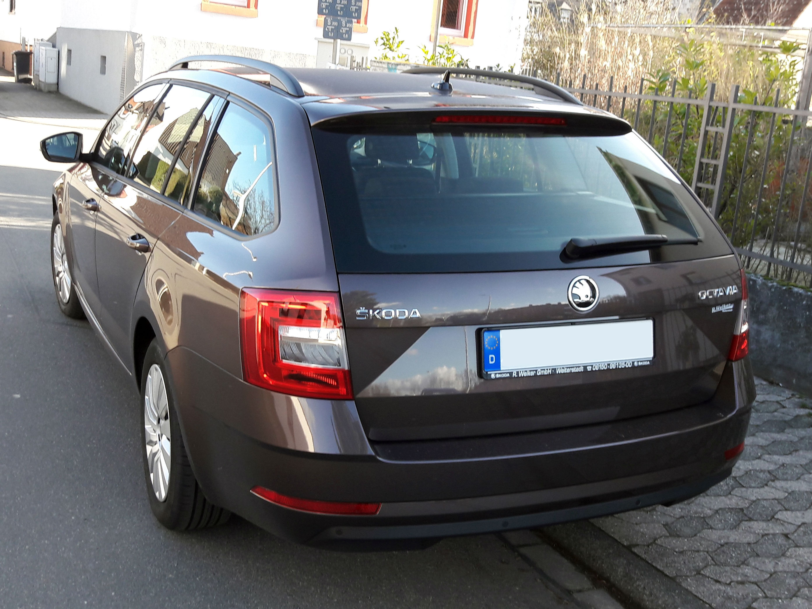 file skoda octavia iii facelift wikipedia. Black Bedroom Furniture Sets. Home Design Ideas