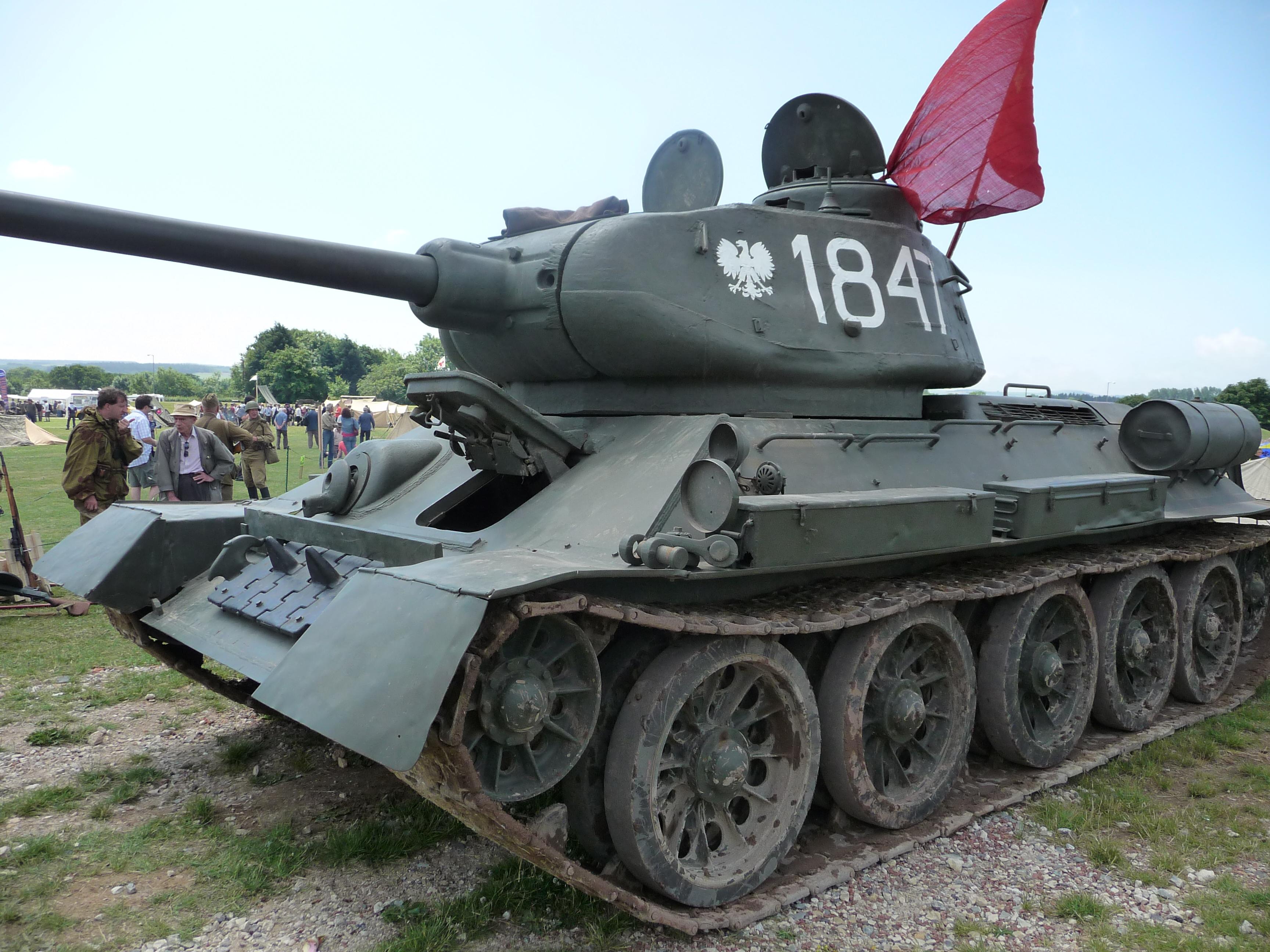 Soviet t 34 85 tanks gallery