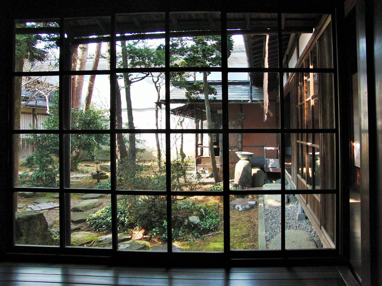 file takayama le jardin zen de la maison wikimedia commons. Black Bedroom Furniture Sets. Home Design Ideas