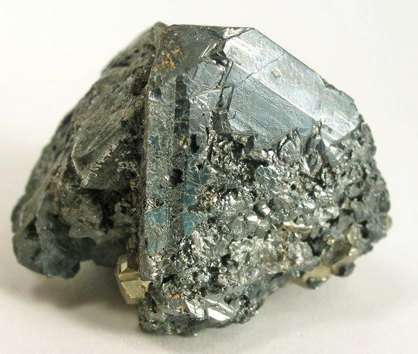 File:Tetrahedrite-Pyrite-242491.jpg - Wikimedia Commons