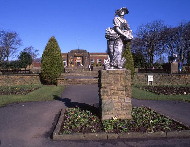 The Italian gardens, Stanley Park, Blackpool - geograph.org.uk - 1081915
