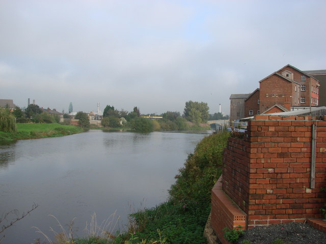 The River Aire, Castleford - geograph.org.uk - 259290