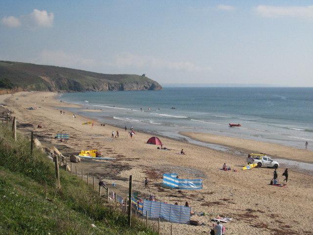 File:The beach at Praa Sands - geograph.org.uk - 985687.jpg