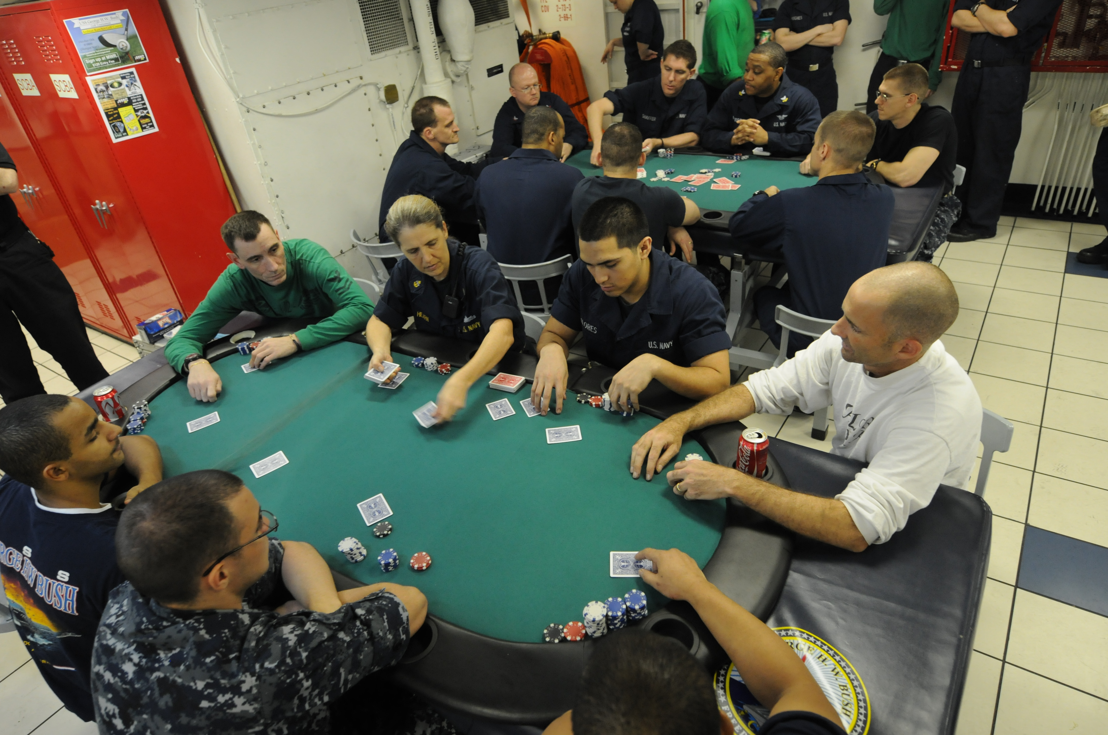 Fileus Navy  N Je  Sailors Participate In A Poker Tournament On The Mess Decks