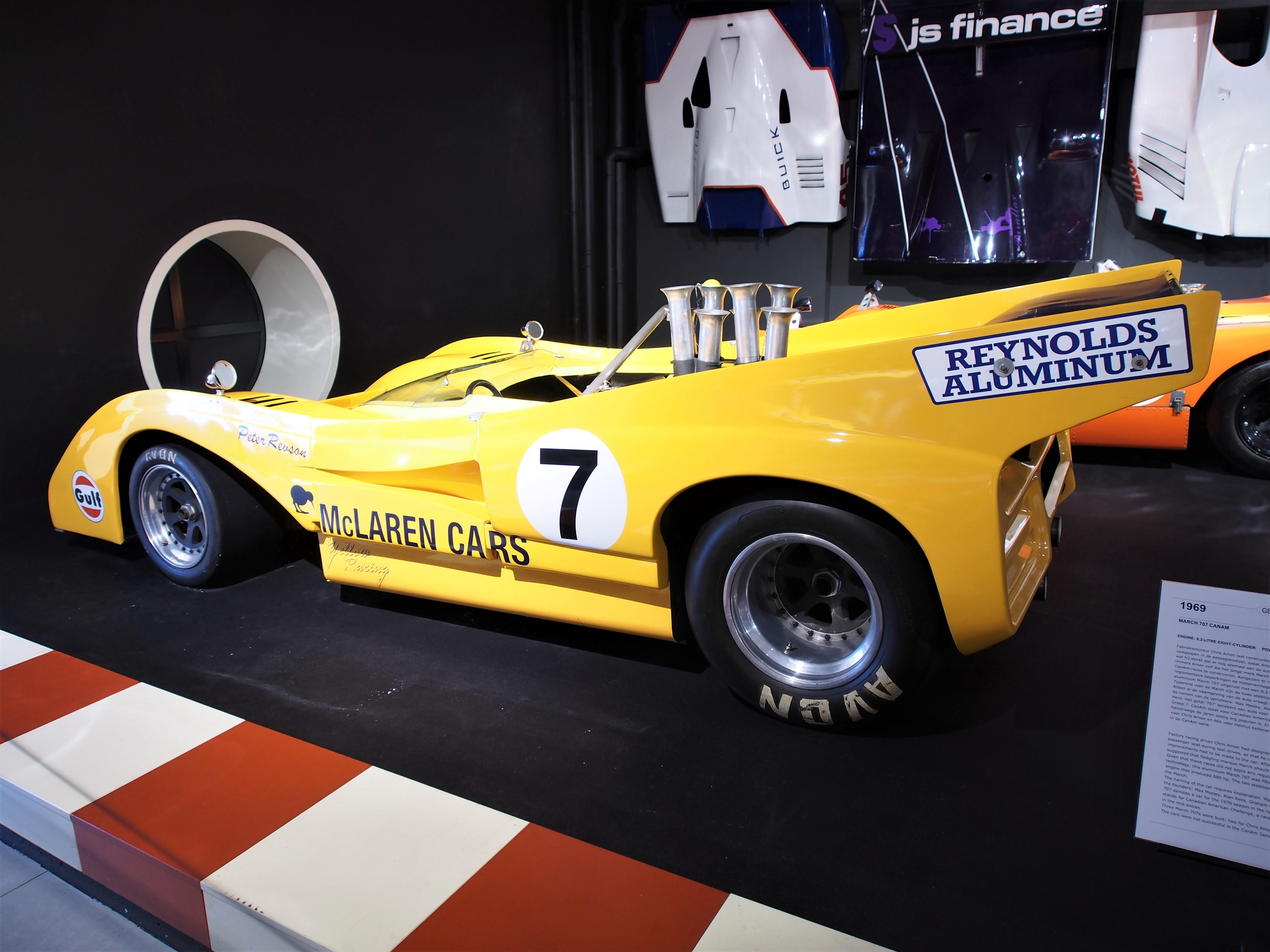 File:1971 McLaren M8F 8 1 litre 8 cylinder 750hp photo 4 JPG