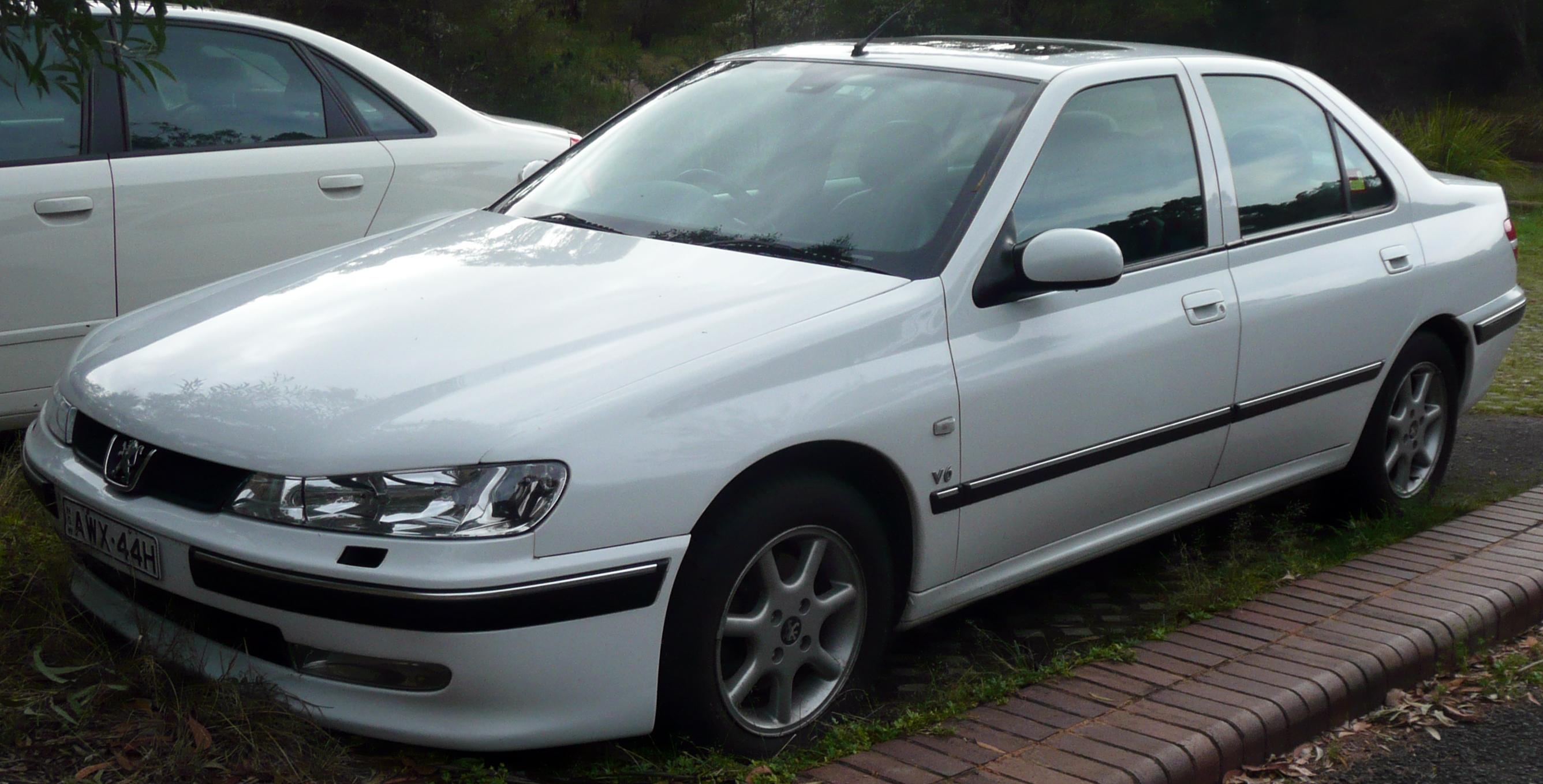 File:1999-2000 Peugeot 406 (D9) SV sedan 01.jpg ...