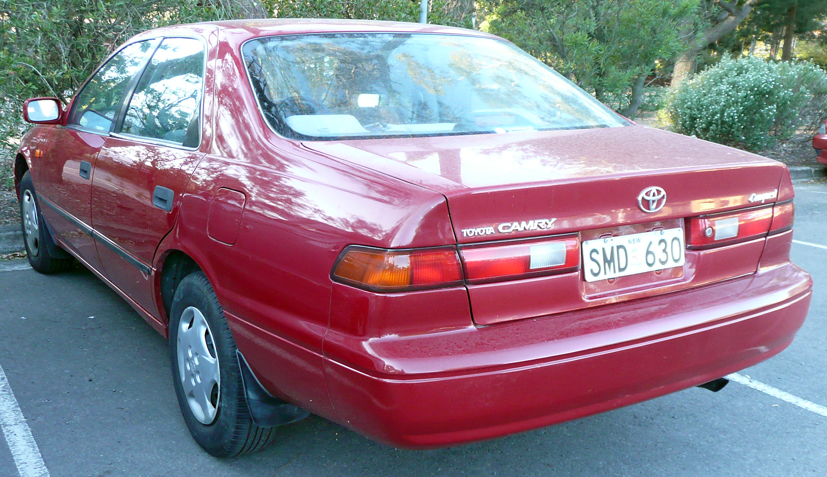 File:1999-2000 Toyota Camry (SXV20R) Conquest sedan 01.jpg - Wikimedia ...