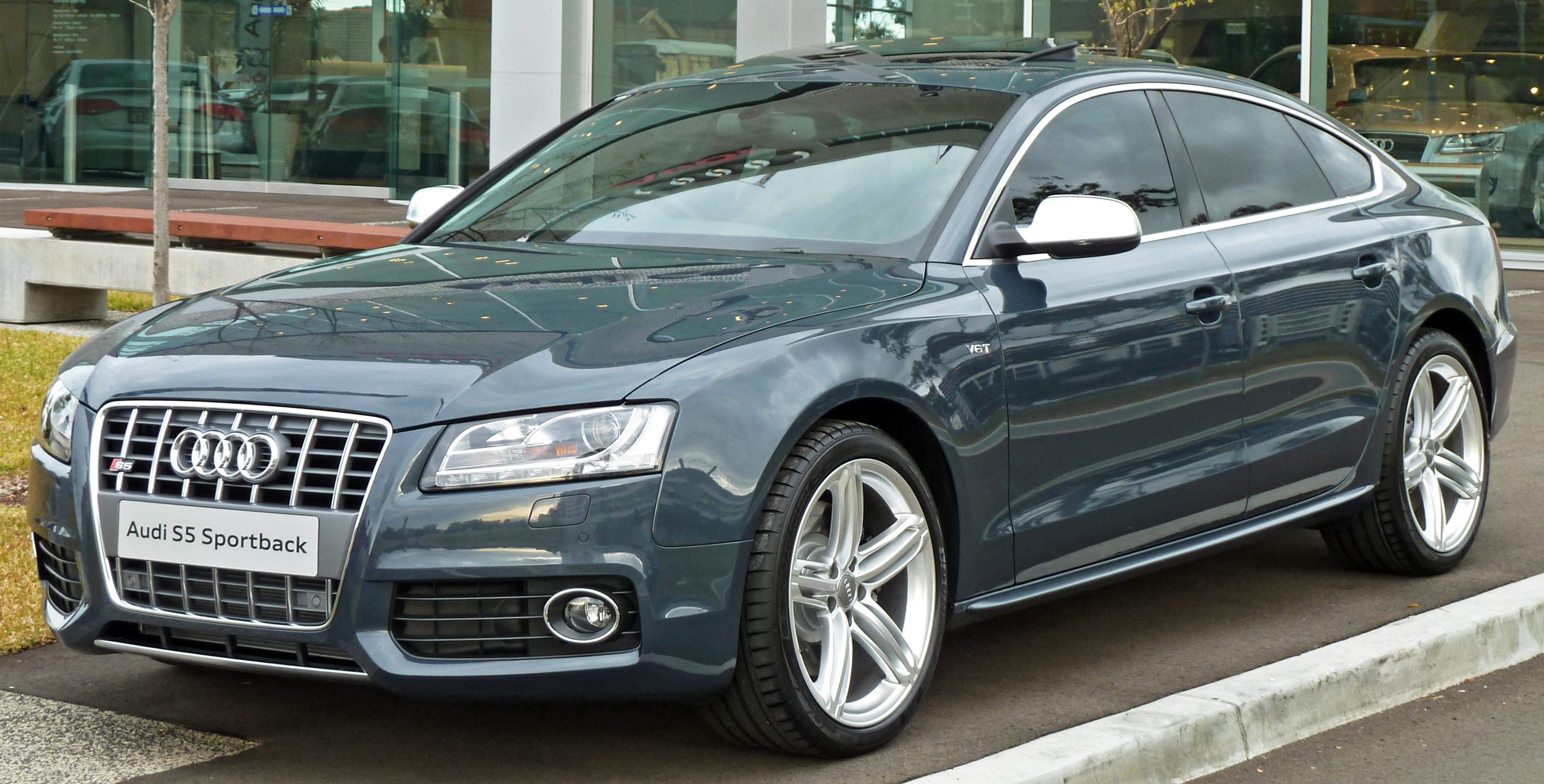 File:2010 Audi S5 (8T) Sportback 01.jpg - Wikimedia Commons