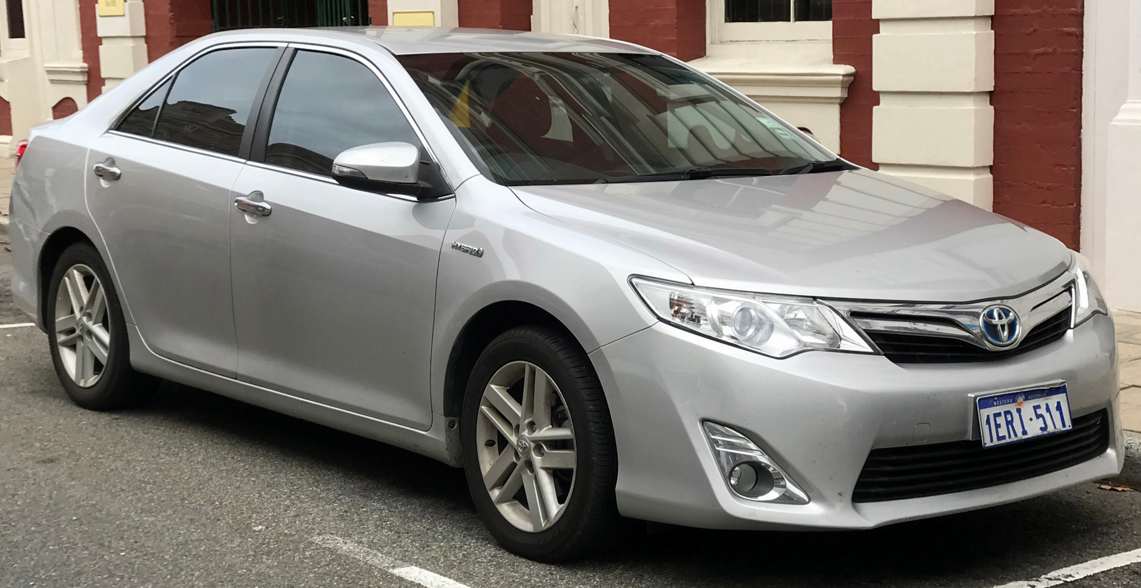 File 2017 Toyota Camry Avv50r Hybrid Hl Sedan 2018