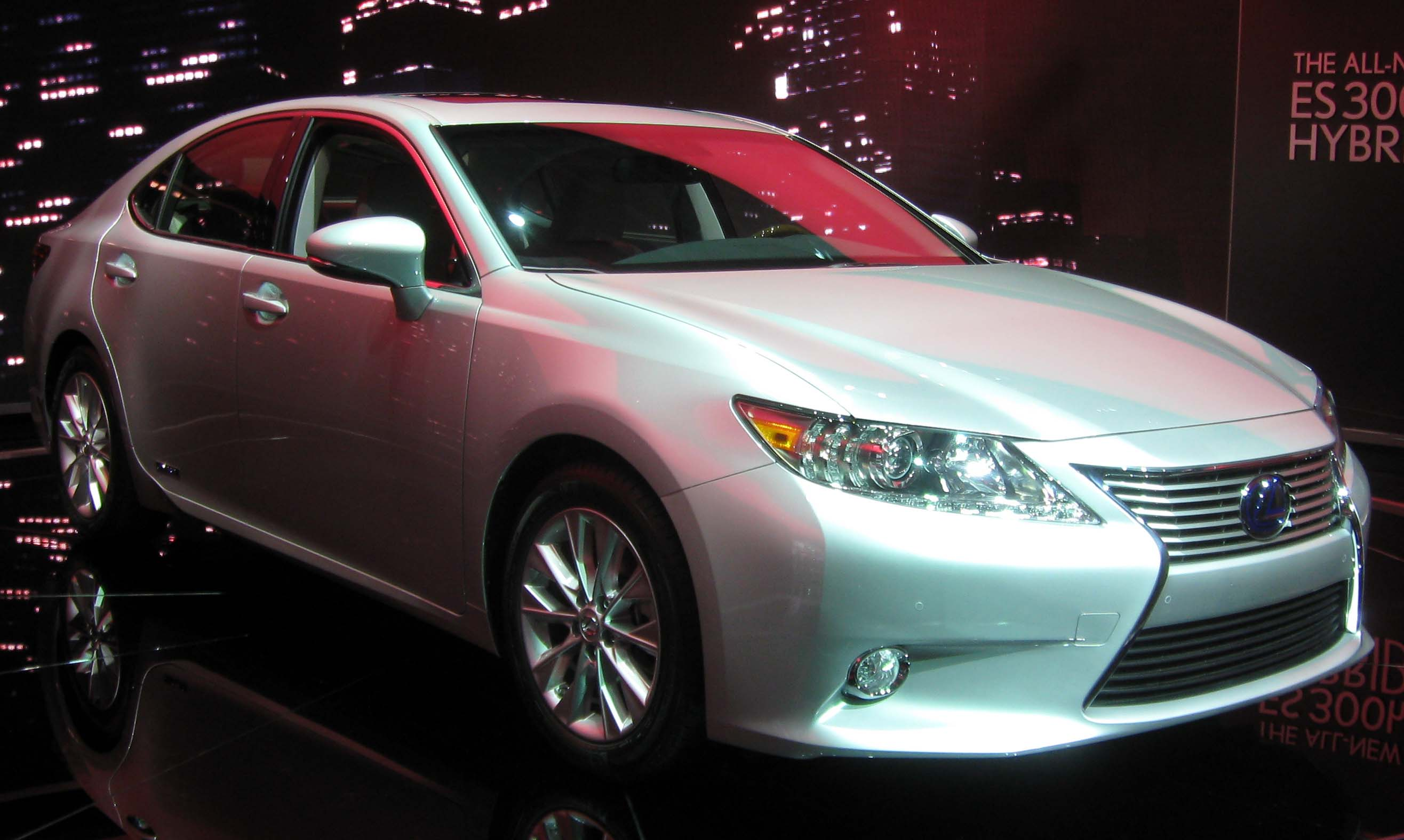 reviews com and expert research cars lexus photos specs es