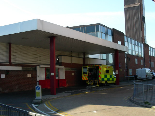 Accident On 10 >> File:Accident and Emergency, Oldchurch Hospital - geograph ...