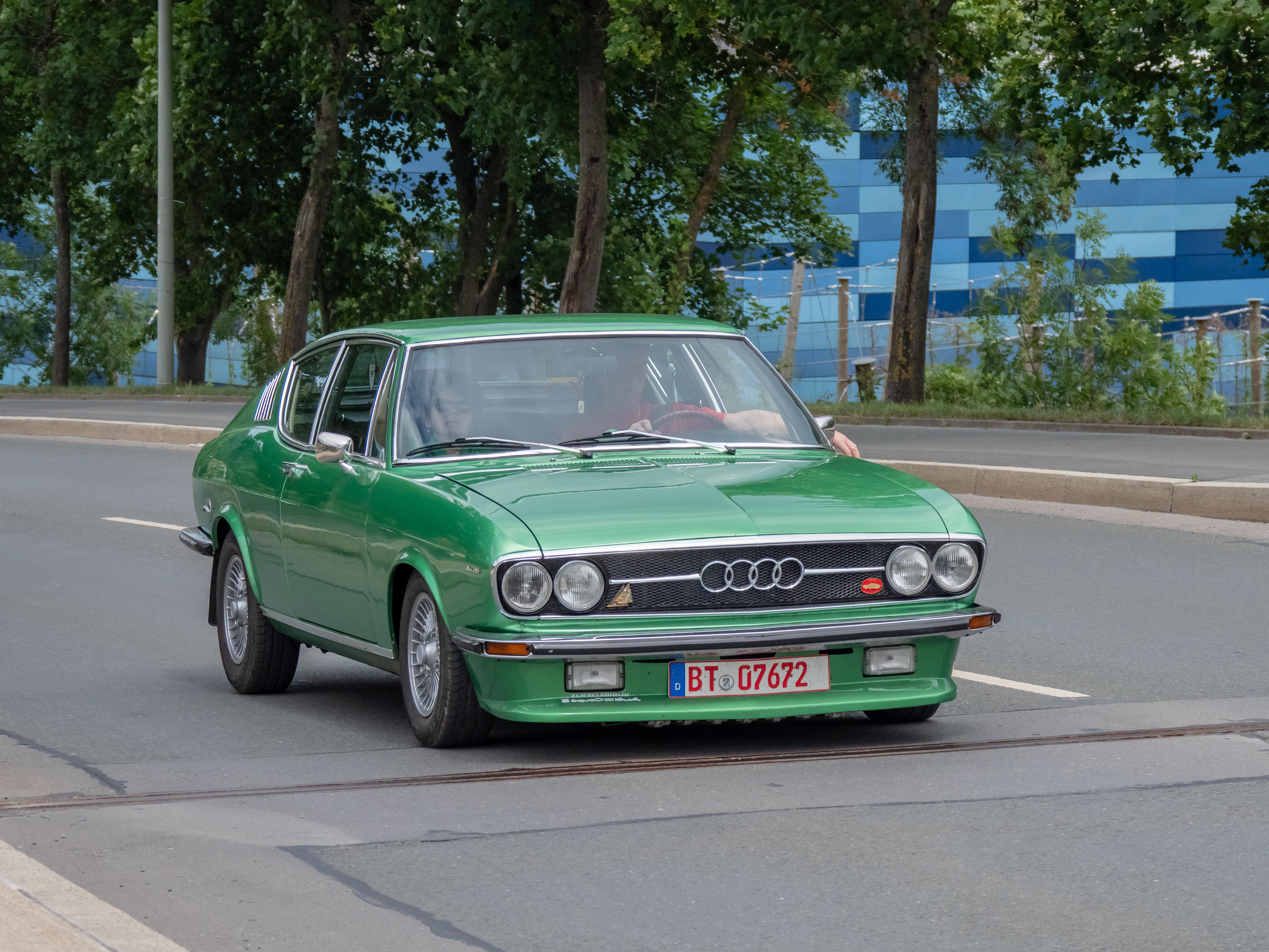 Kekurangan Audi 100 Coupe Review