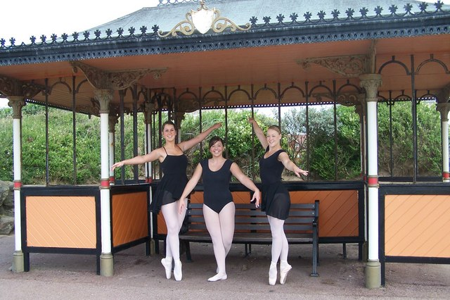 Ballet on the Prom, St Annes-on-Sea ... How to do it^ - geograph.org.uk - 1414919