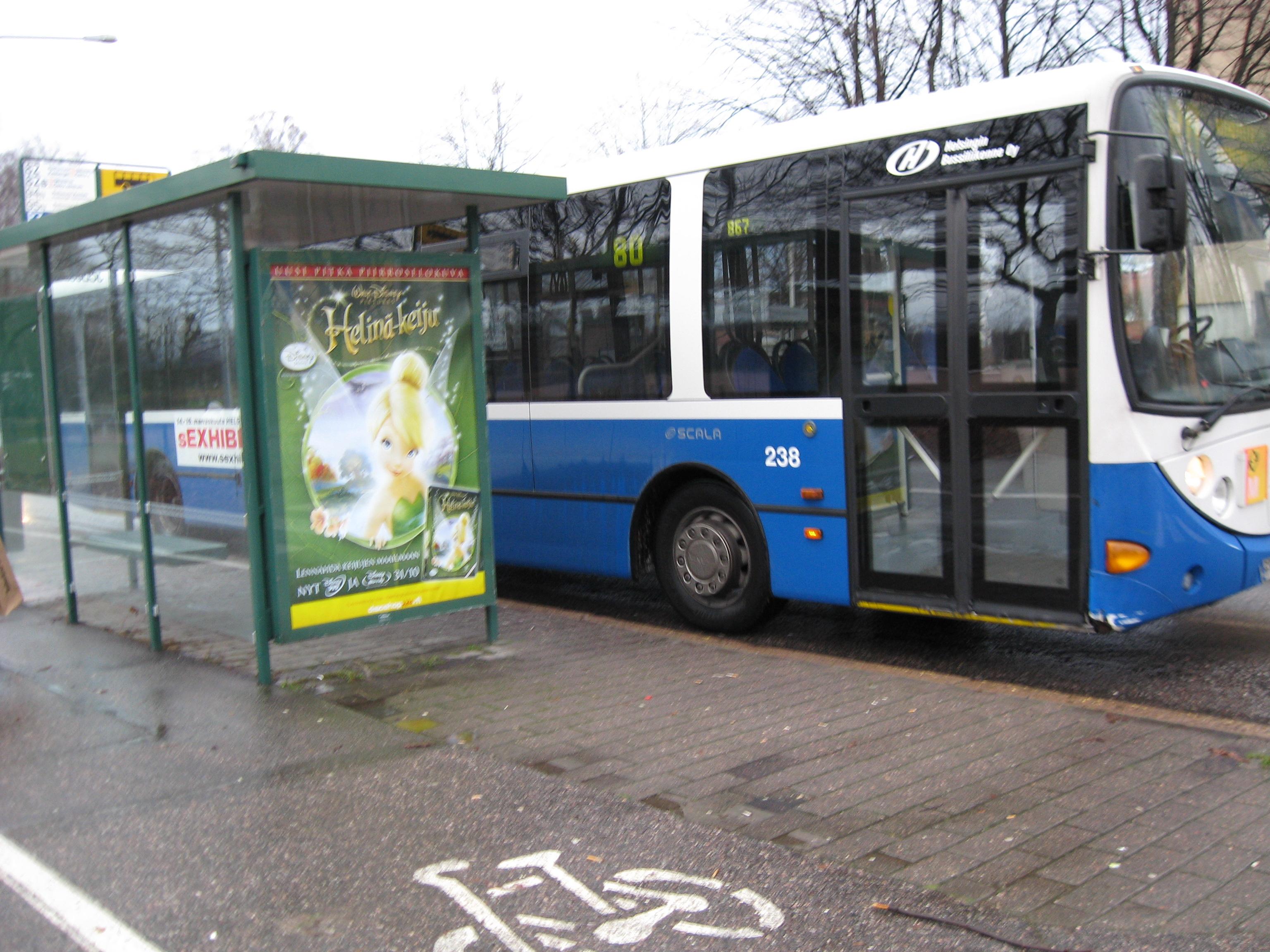 Tiedosto:Bussi 80 Roihuvuoren porolahdessa.JPG – Wikipedia