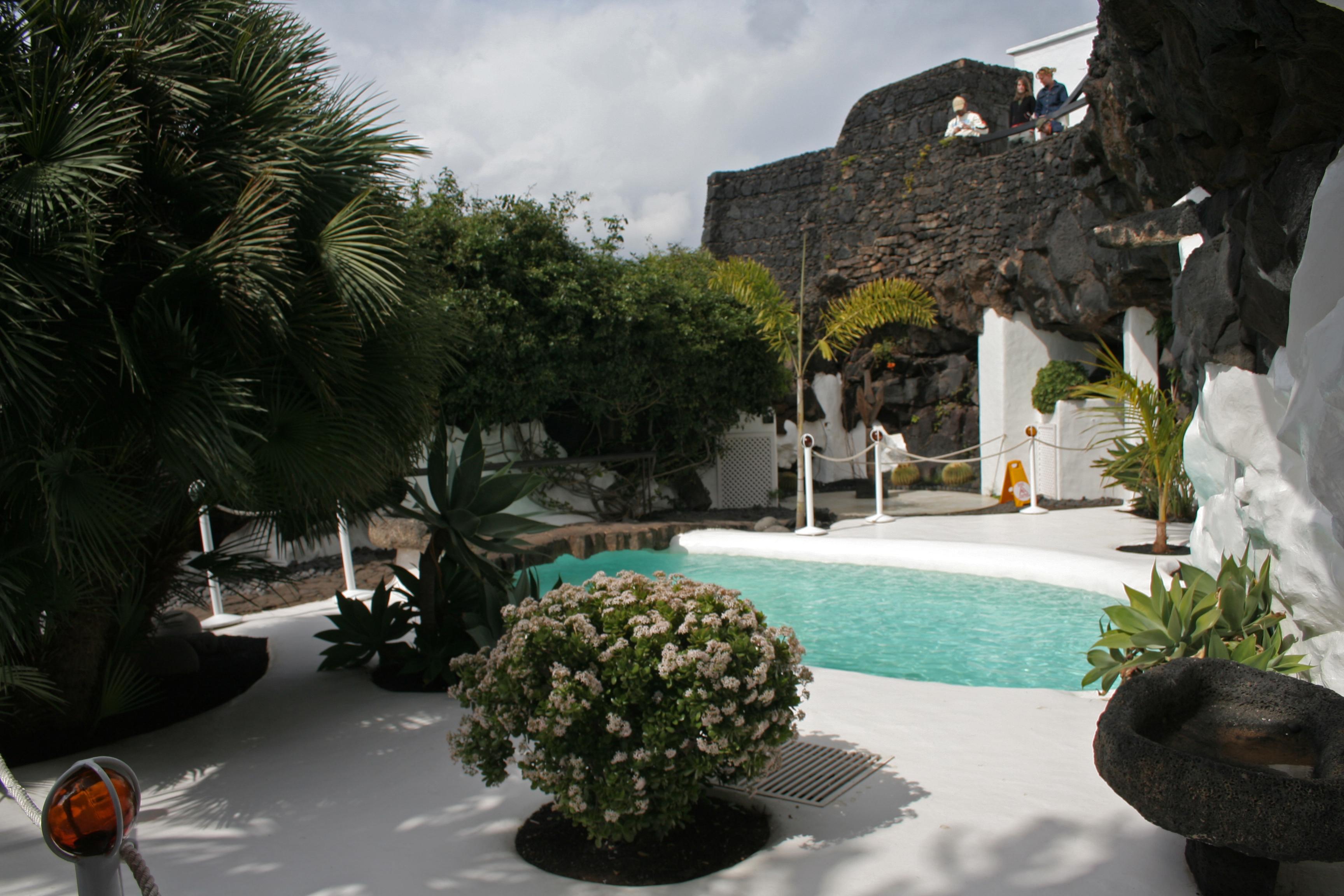 File cesar manrique house 10 223198059 jpg - Cesar manrique wikipedia ...