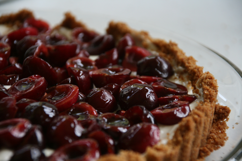 almond and cinnamon tart cranberry almond cranberry almond almond and ...